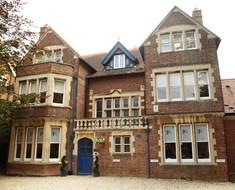 Regent Oxford Christmas Special Course